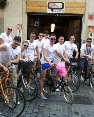 Bike tour in front of Bike Rental Barcelona Shop